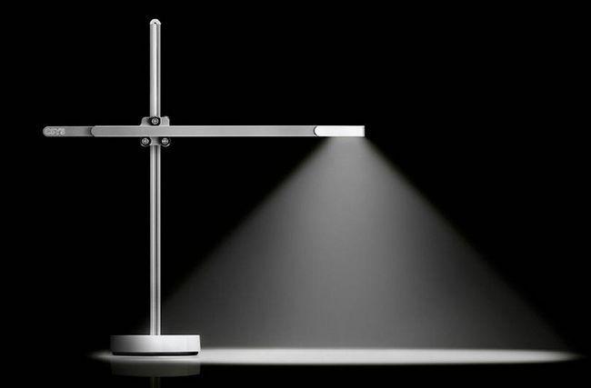 Настільна лампа dyson csys